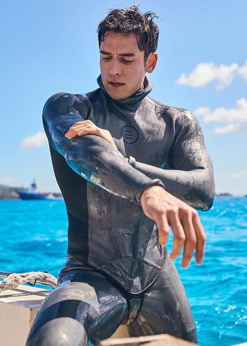 [5%쿠폰] 배럴 맨 EXP 3mm 네오프렌 프리다이빙 슈트 #NB6826G7 / CHACOAL/BLUE RIBBON BARREL EXP 3MM NEOPRENE FREE DIVING SUI