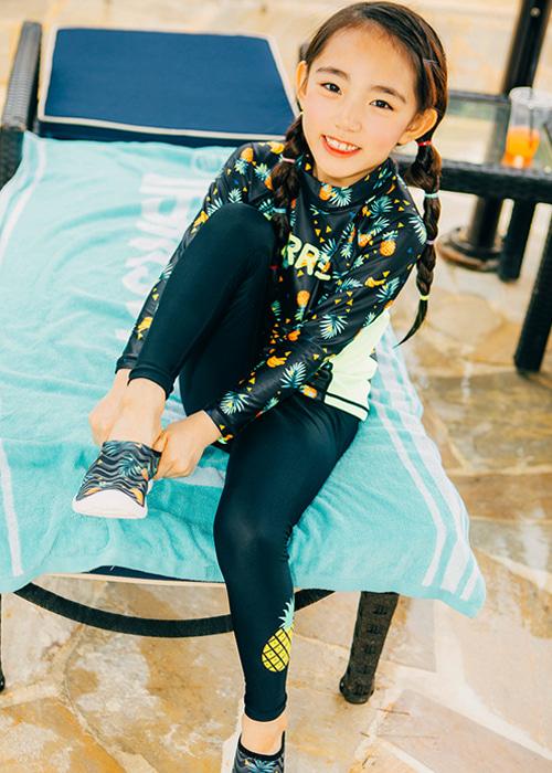 [5%쿠폰]배럴 키즈 파인애플 워터 레깅스 BARREL KIDS PINEAPPLE WATER LEGGINGS__BLACK_OB6823BK